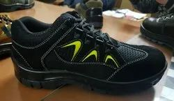 VITHARIYA Lightweight Safety Shoes, For Industrial, Size: 6-10