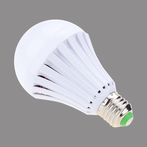 new concept bf7c8 e2083 Rechargeable Led Bulb