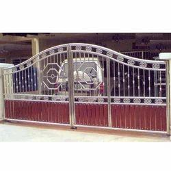 SS Wooden Gate