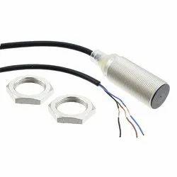 Cylindrical Sensing Distance: 8 Mm OMRON Proximity Switch, Model Number: E2b-m18ks08-wp-b1
