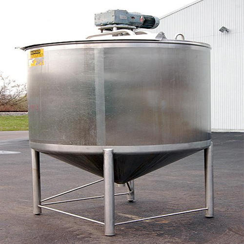 Fabricated SS Conical Tank With Agitator, Capacity: 500 L - 50000 L