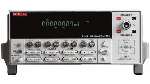 Low Noise Voltage Measurement System