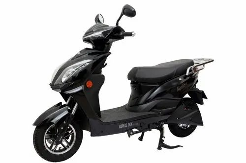 Mantra Black Color Royal Battery Operated Scooter