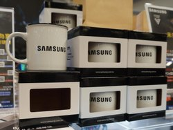 Individual White & Black Ceramic Corporate Gift Mug, Size: 11oz, Capacity: 330ML, Size/Dimension: Od : 82 H : 96