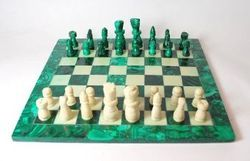 Green White And Black Chess set