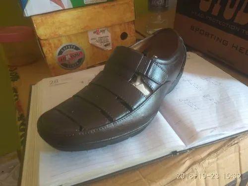 Apex Close Pair Rain Sandals, Size: 6