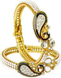 Beautiful Peacock Style Design Golden Plated Bangle Set for Women/Girls