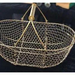 Golden Iron Wire Hamper Basket, Size: 16x14, Capacity: 4-5 Kg