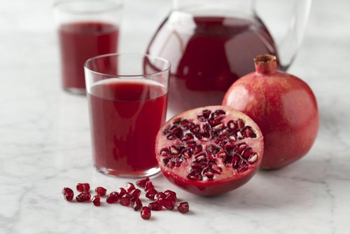 Sovam Red Pomegranate Juice, Packaging Type: Bottlr, Packaging Size: 1000 mL
