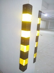 Rubber Column Guard Model
