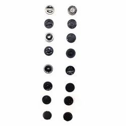 Round Plastic Garment Buttons, for Garments, Packaging Type: Packet