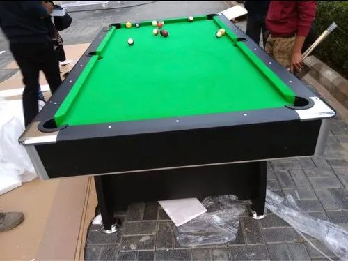 Exceptionnel American Pool Table (8 By 4 Ft )