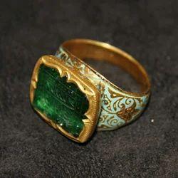Emerald Unisex Antique Gold Mughal Ring