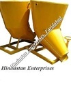 Bottom Side Discharge Banana Concrete Bucket with Platform