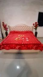 Double Bed Diamond Red Gullivar Blankets