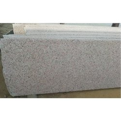 Polished Rozi Light Granite Slab, Thickness: 15-20 mm