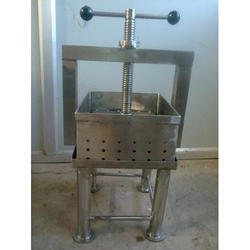 Paneer Press Machine