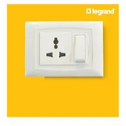 6a White Legrand Britzy Modular Switches, 230 V, Finishing Type: Glass Finish