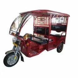 Soni E Rickshaw, Vehicle Capacity: 1(driver) +4(passenger)