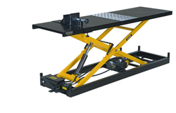 Hydraulic Two Wheeler Lift