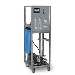 SS 250 LPH Commercial RO System, Capacity: 200-500 (Liter/hour)