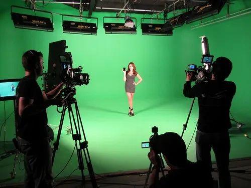Indoor Video Shoots/Chrome Studio