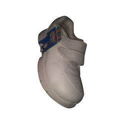Tucson Leather White School Shoes, Packaging Type: Box
