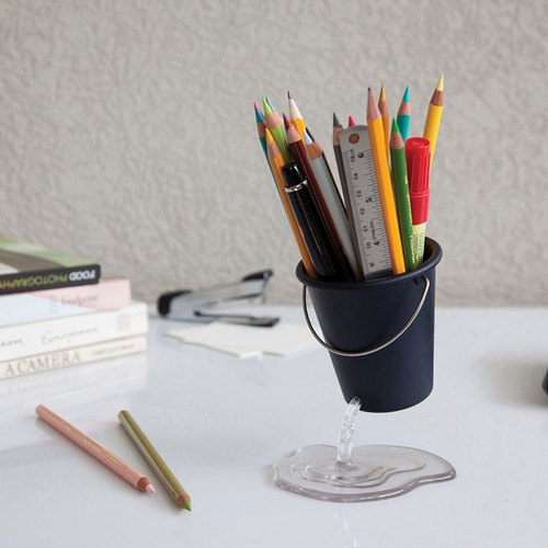 Plastic High Quality Unique Bucket Desk Type Pen Holder