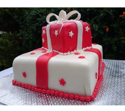 Pleasant Just Bake Red White Gift Boxes Cake Rs 2850 Kilogram Just Bake Funny Birthday Cards Online Alyptdamsfinfo