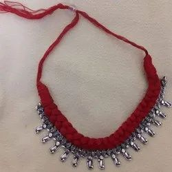 Maroon and Silver Handmade Thread Necklace, Size: 16 Inch (Length)
