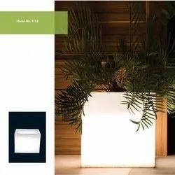 9152 LED Planter
