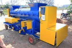 Three Phase Mild Steel Clay Brick Making Machine, Voltage : 220 V