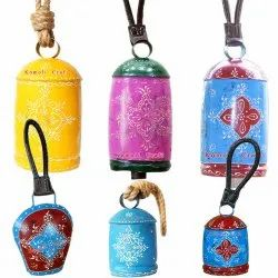 Colorful Indian Style Iron Hand Painted Bells for Home and Garden Decoration