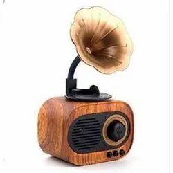 2.0 Wooden Artis Gramophone Speaker