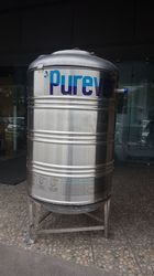 Purever Stainless Steel Vertical Tank for Construction, Capacity: 500-1000 L