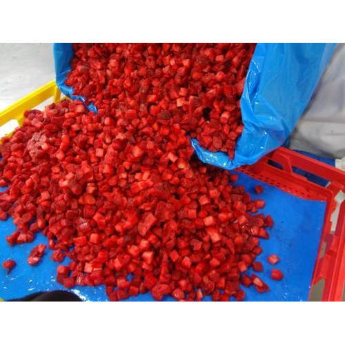 IQF Strawberry Dices, Packaging Type: Packet, Packaging Size: 450 g