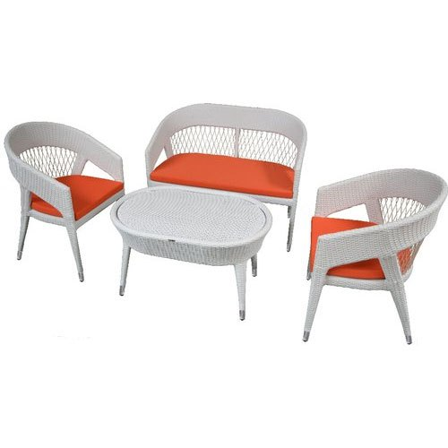 Garderin Wicker Outdoor Chair & Table Set