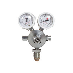 Twin Gauge Oxygen Regulator