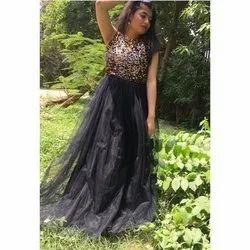 Black Stitch Designer Party Wear Net Gown, Size: M-xxl