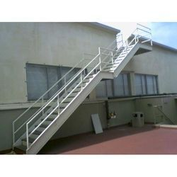 SS Stairs, Thickness: 1.5 Inch