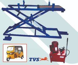 Three Wheeler Scissor Lift