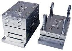Automatic Injection Moulds