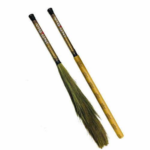 Viguni Natural Grass Broom, Size: 44 Inch, 60