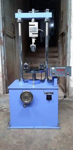 Flexural Testing Machine, cap. 50kN, as per IS : 15658