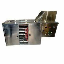 Press Type Semi Automatic Chapati Making Machine