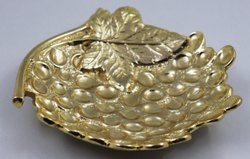 Metal Round Designer Grapes Bowl, For Hotel