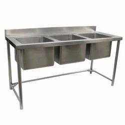SS Three Bowl Table Sink