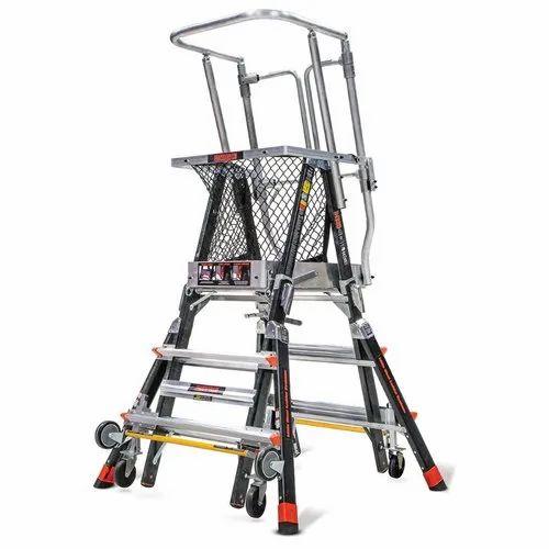 Littile Giant (Cage Ladder)