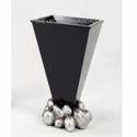 Stone Shape Base Decorative Flower Vase