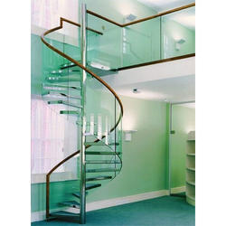 Bar Curved SS Glass Railing